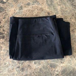 Cropped Yoga Pants - Wide-leg Capri Style